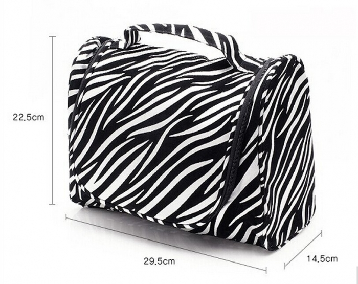 Leopard hanging toiletry bag with metal zipper