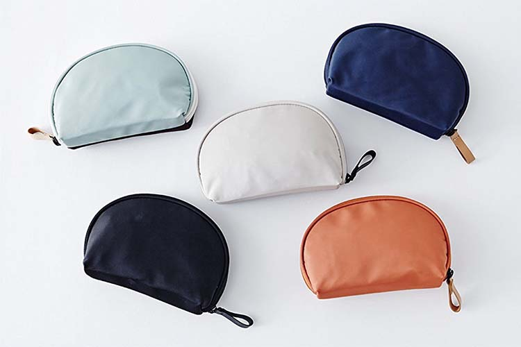 Half moon shell nylon cosmetic bag wholesale FY-A6-001